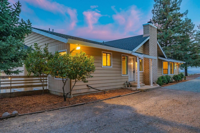 13711 Running Gold Rd, Sutter Creek, CA 95685 - MLS#: 221125081