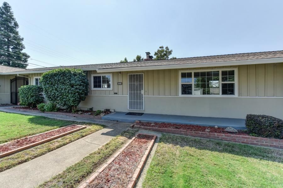 860 School Street, Folsom, CA 95630 - MLS#: 221121082