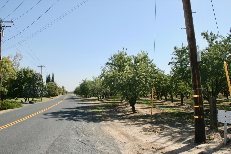 Photo of 14000 Tim Bell Road, Waterford, CA 95386 (MLS # 221039083)