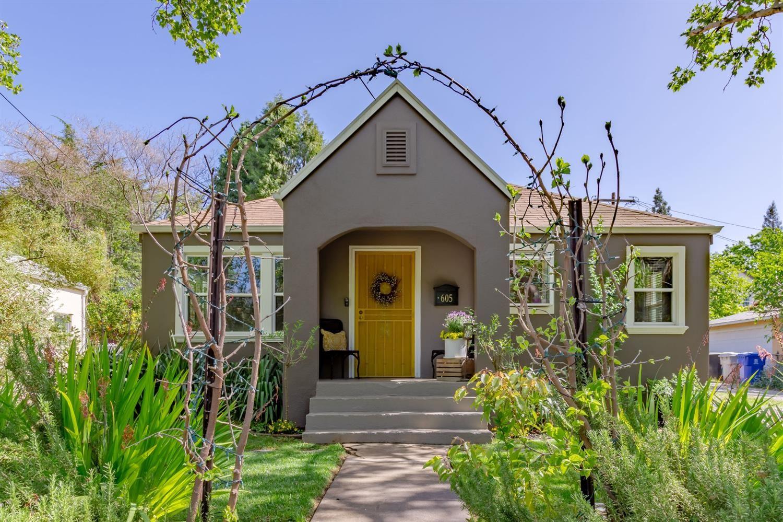 Photo of 605 Sibley Street, Folsom, CA 95630 (MLS # 221035085)