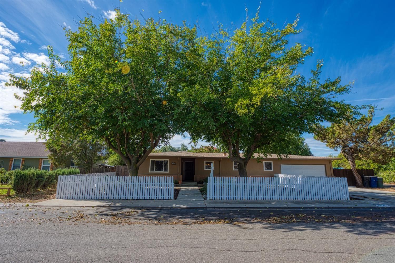 616 4th Street, Patterson, CA 95363 - MLS#: 221136099