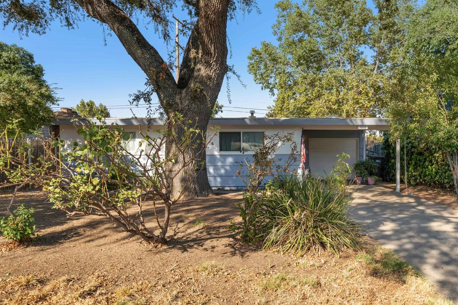 Photo of 1016 Elliot Street, West Sacramento, CA 95605 (MLS # 20063105)