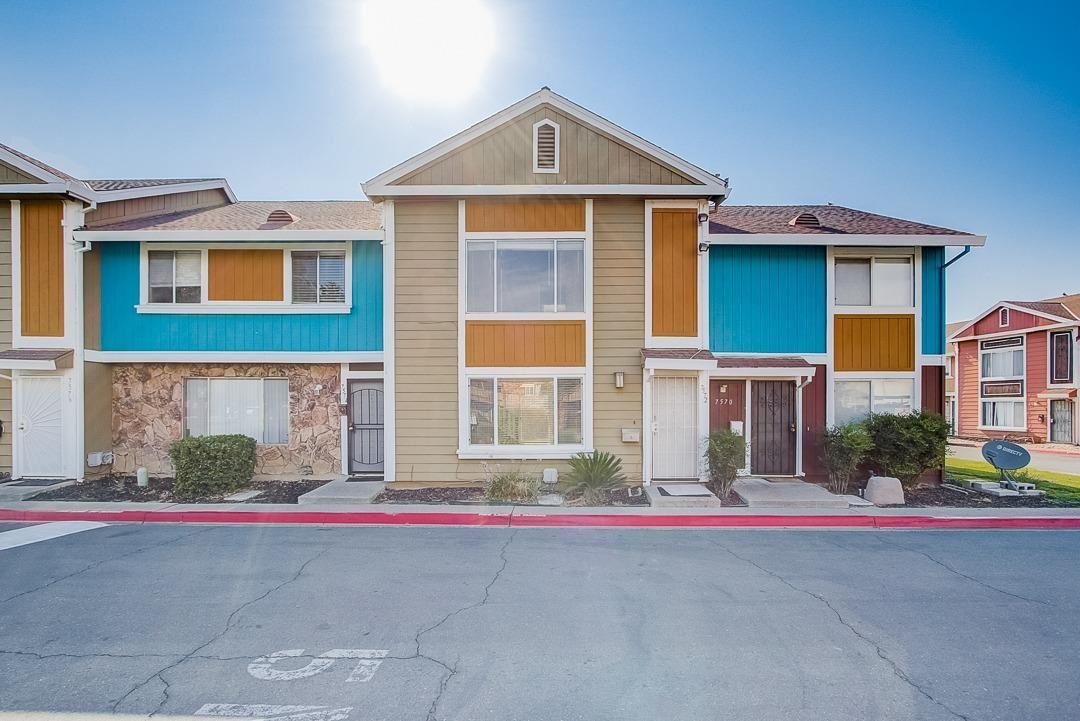 7572 Burgoyne Lane, Sacramento, CA 95823 - MLS#: 221094110