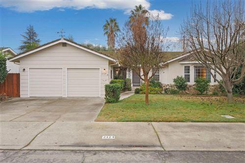 Photo of 2124 Capell Drive, Lodi, CA 95242 (MLS # 20076113)