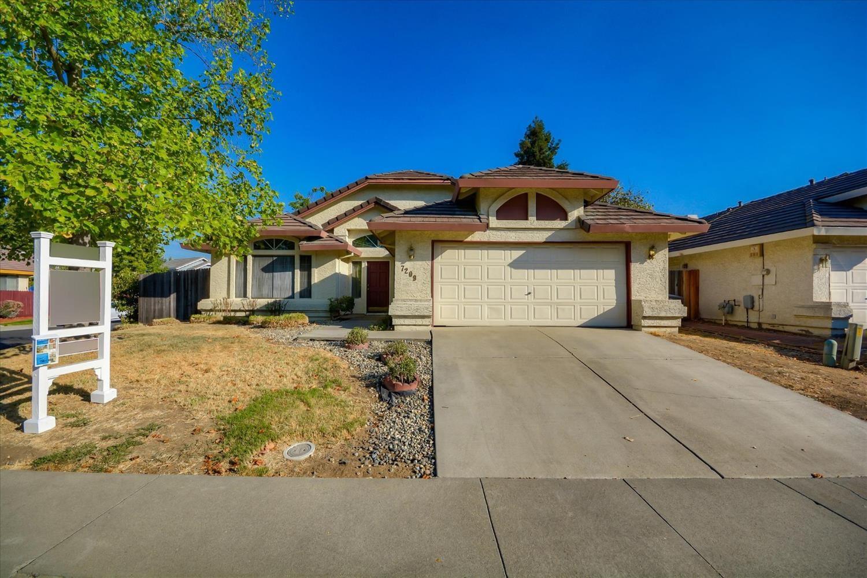 Photo of 7209 Saltgrass Way, Elk Grove, CA 95758 (MLS # 20056113)