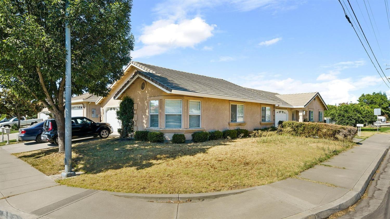 1033 Jayhawk Way, Modesto, CA 95358 - MLS#: 221083119