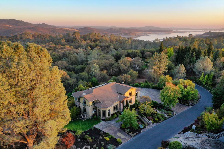 Photo of 9156 Eden Oak Circle, Granite Bay, CA 95746 (MLS # 221101134)