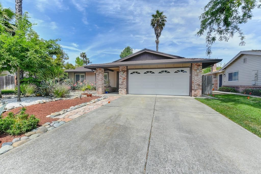 Photo of 1495 Pebblestone, Sacramento, CA 95833 (MLS # 221049140)