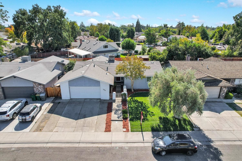 Photo of 1130 Aberdeen Avenue, Stockton, CA 95209 (MLS # 221128148)