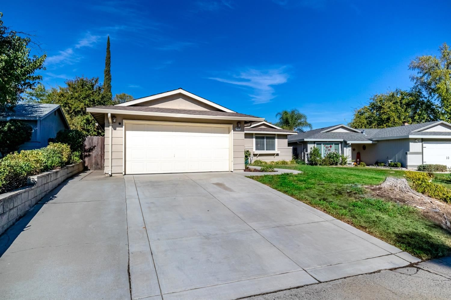 Photo of 6856 Donerail Drive, Sacramento, CA 95842 (MLS # 20060158)