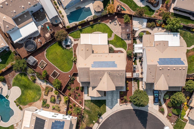 Photo of 141 Hornby Court, Roseville, CA 95747 (MLS # 221118164)