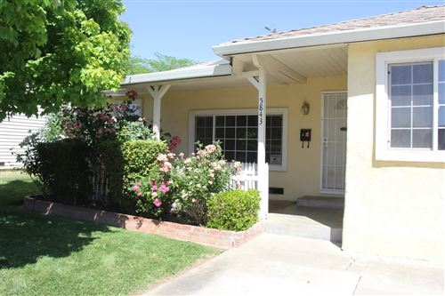 Photo of 5843 Mclaren Avenue, Sacramento, CA 95822 (MLS # 221047181)