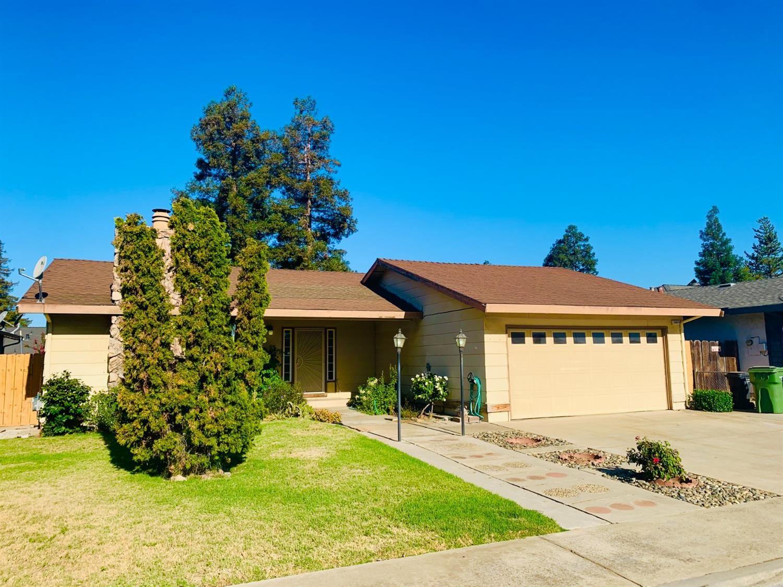 Photo of 2665 Yale Avenue, Turlock, CA 95382 (MLS # 221084181)