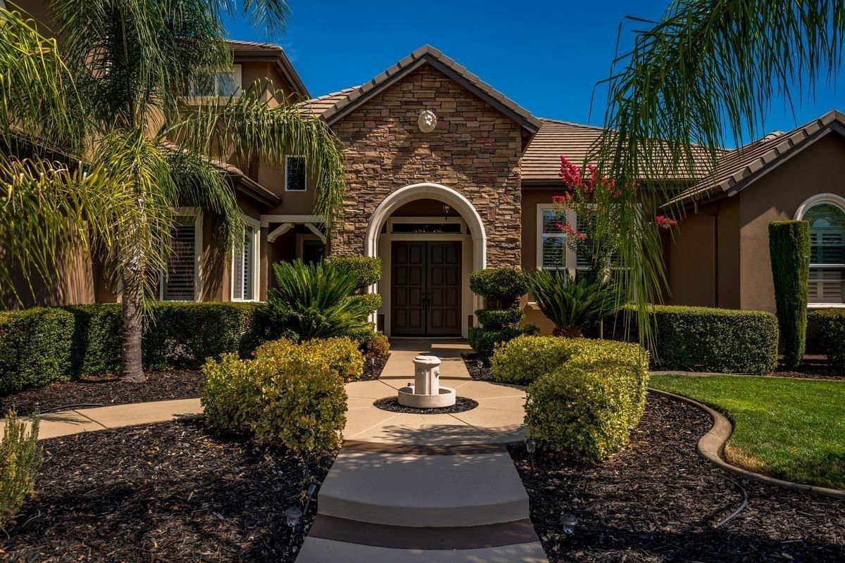 Photo of 8070 Chestnut Court, Granite Bay, CA 95746 (MLS # 221037182)