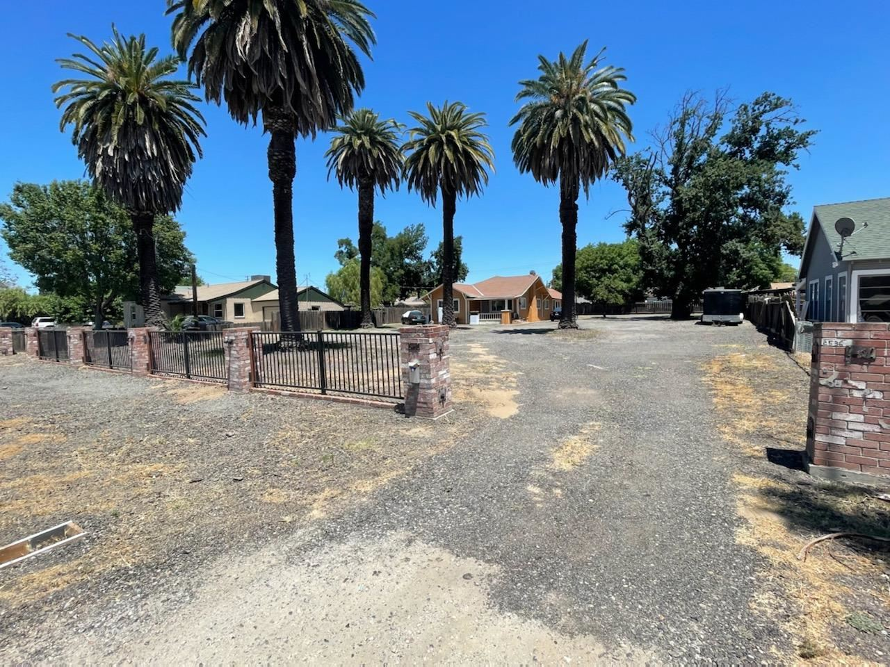 Photo of 2536 5th Street, Ceres, CA 95307 (MLS # 221065189)