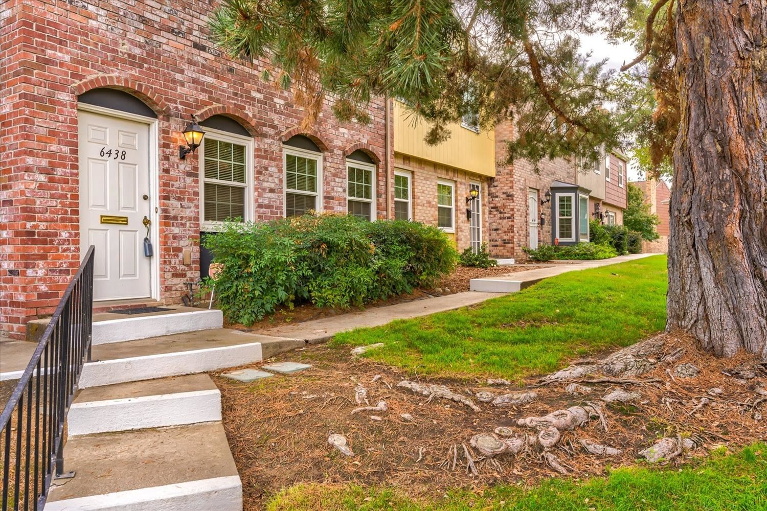 Photo of 6438 Wexford Circle, Citrus Heights, CA 95621 (MLS # 221137190)