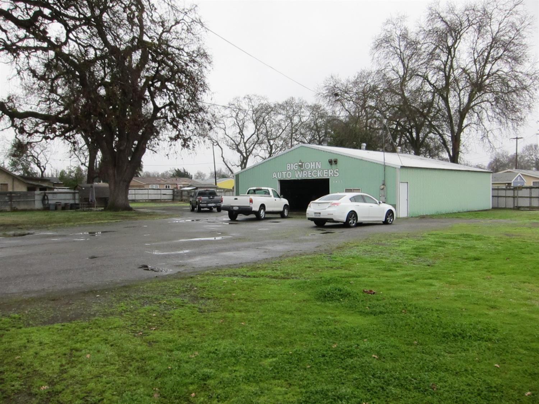 Photo of 1425 Sacramento Avenue, West Sacramento, CA 95605 (MLS # 221009196)