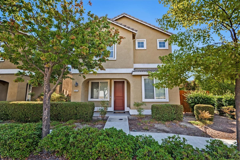 Photo of 4016 Neapolis Lane, Sacramento, CA 95834 (MLS # 221116196)