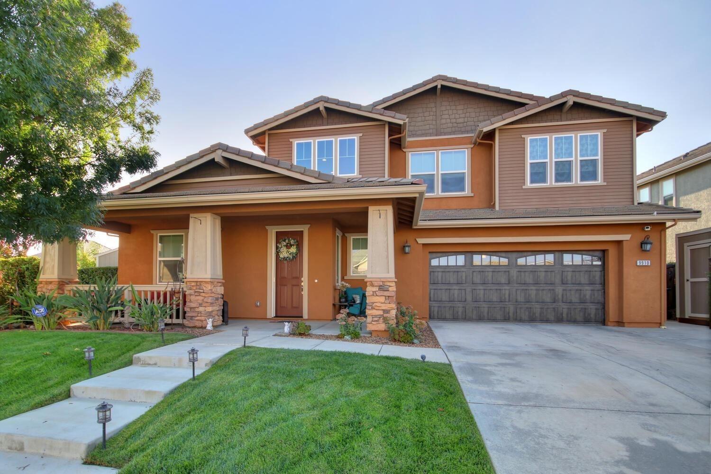 Photo of 9910 Penela Way, Elk Grove, CA 95757 (MLS # 20059199)
