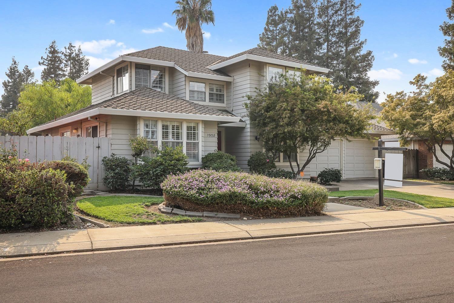 1908 Lakeshore Drive, Modesto, CA 95355 - MLS#: 221129218
