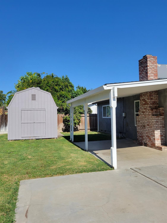 Photo of 2460 Myers Way, Turlock, CA 95380 (MLS # 221087221)