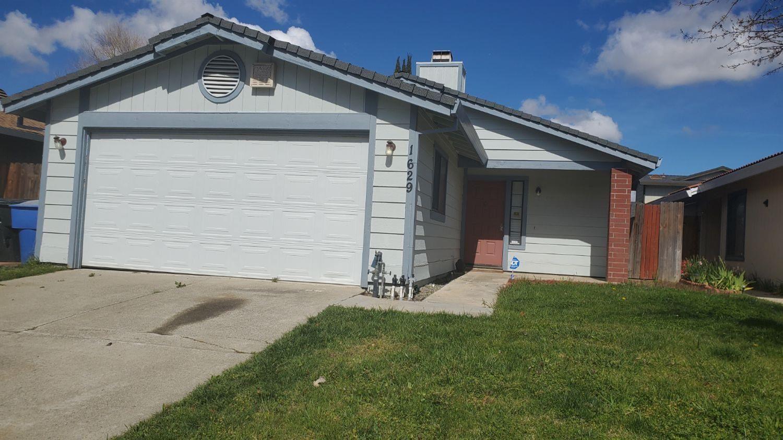 Photo of 1629 Vallarta Circle, Sacramento, CA 95834 (MLS # 221015229)