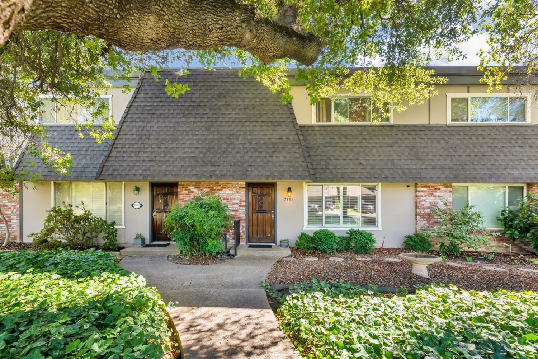 Photo of 7556 Fairway Two Avenue, Fair Oaks, CA 95628 (MLS # 221116241)