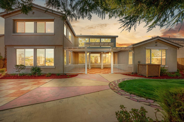 Photo of 9205 Brigantine Court, Elk Grove, CA 95758 (MLS # 221132249)