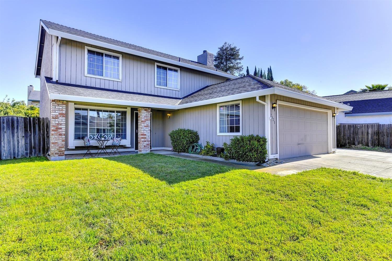 Photo of 7929 Brockwood Way, Citrus Heights, CA 95621 (MLS # 221013258)