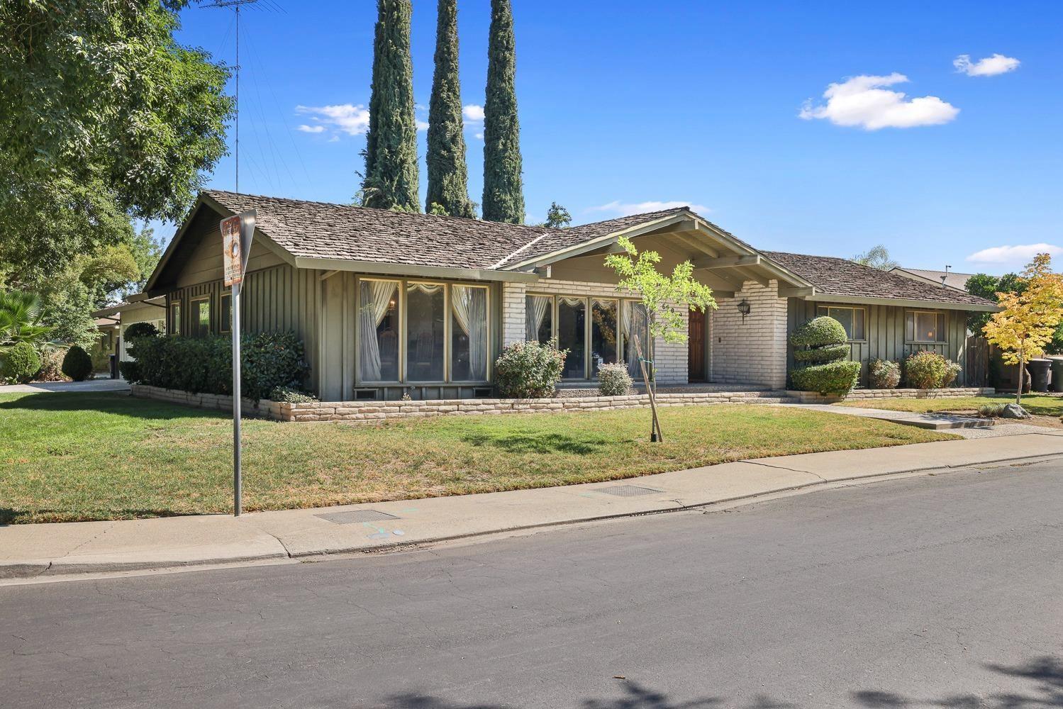 Photo of 609 Andover Lane, Modesto, CA 95350 (MLS # 221080275)