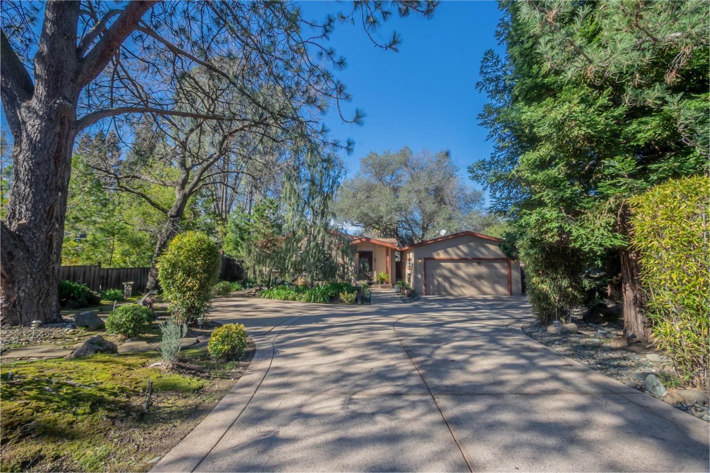 Photo of 5115 Arroyo Street, Fair Oaks, CA 95628 (MLS # 221007289)