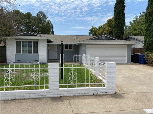 Photo of 3105 Rosemont Drive, Sacramento, CA 95826 (MLS # 221094290)