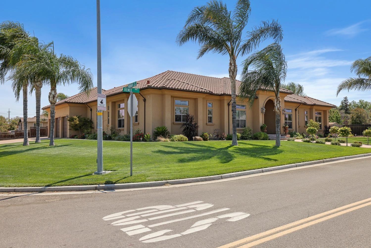 Photo of 7860 Renee Drive, Tracy, CA 95304 (MLS # 221071294)