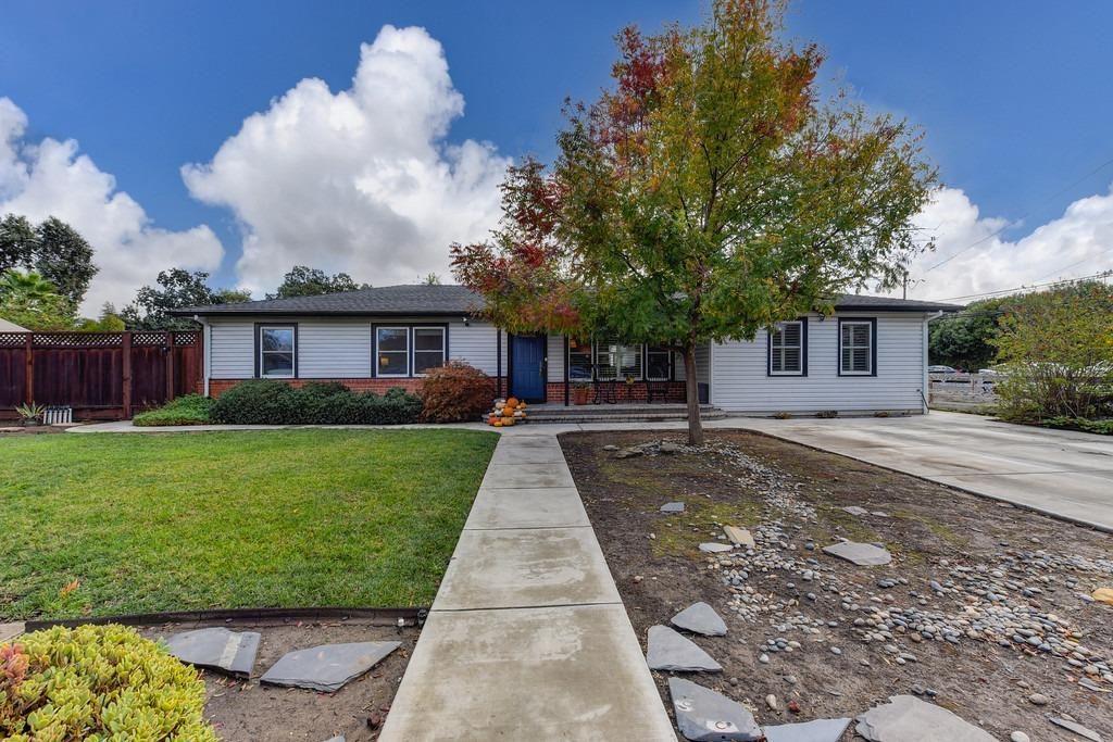 Photo of 100 Homewood Drive, Concord, CA 94518 (MLS # 221137298)