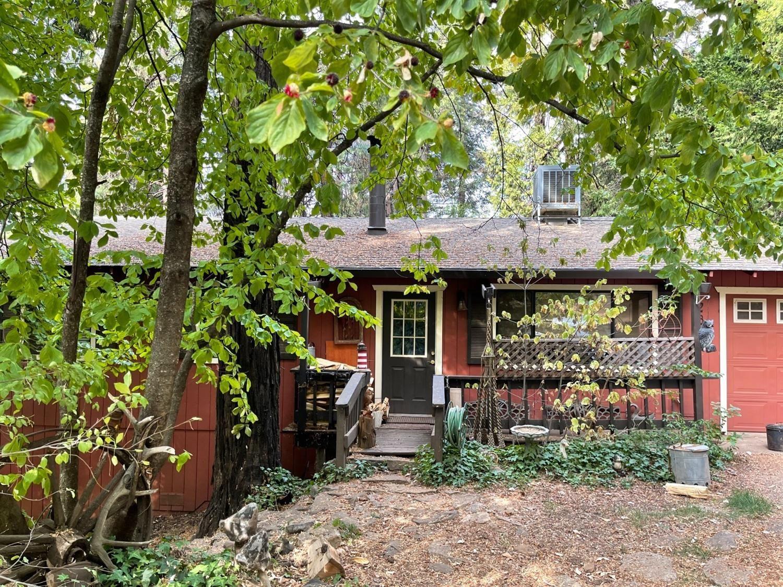 Photo of 2874 Laurel Drive, Pollock Pines, CA 95726 (MLS # 221134302)