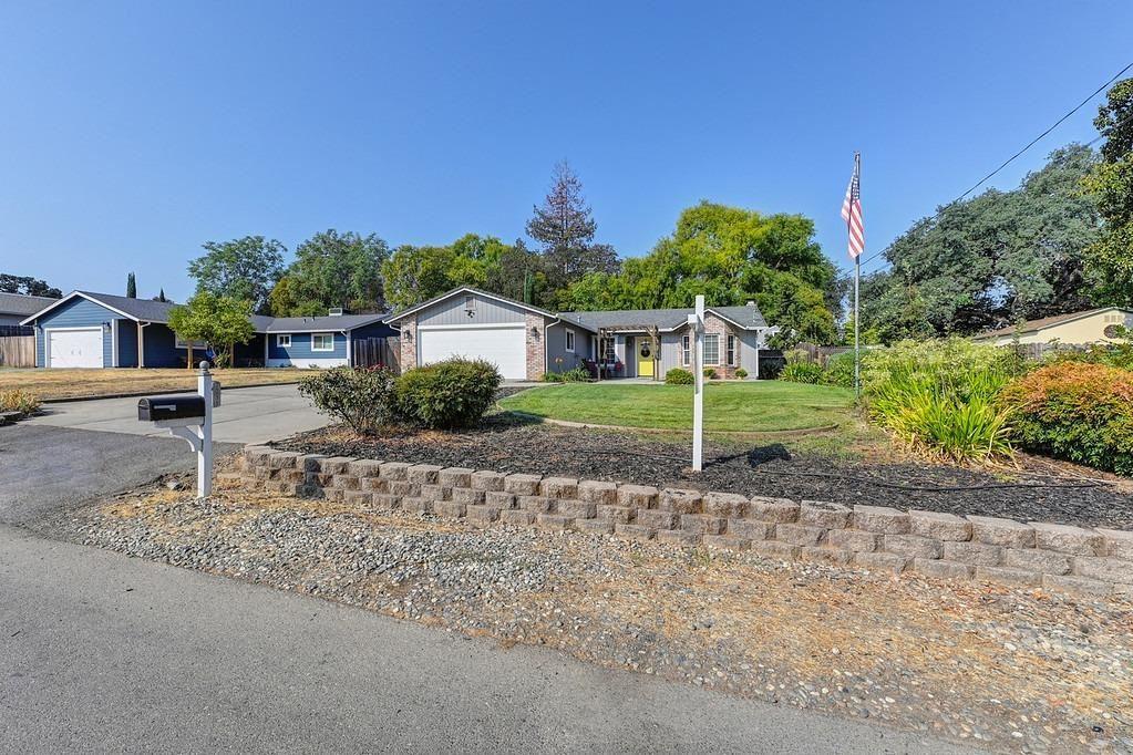 Photo of 7231 Cross Drive, Citrus Heights, CA 95610 (MLS # 221118307)