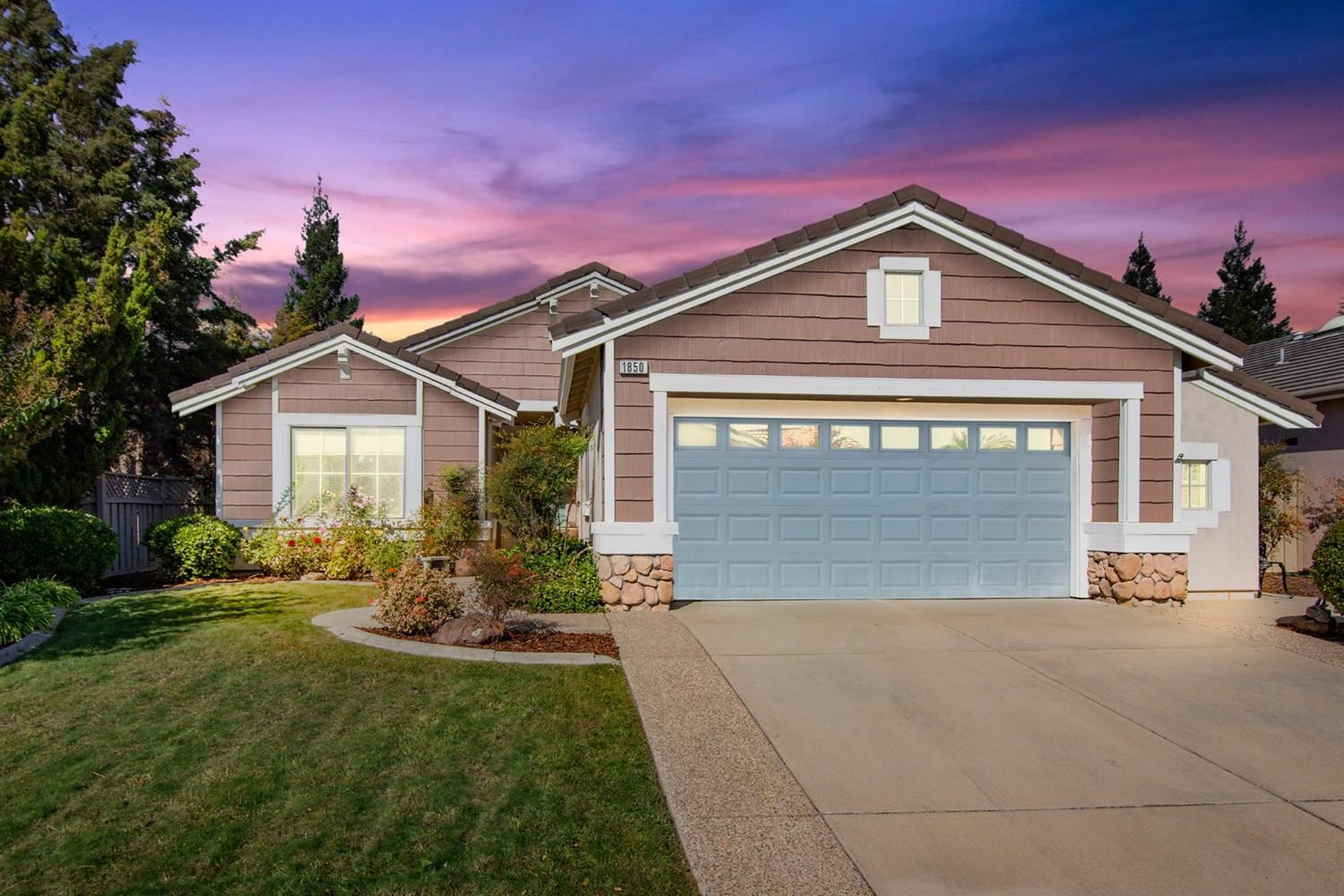 Photo of 1850 Beckwith Lane, Lincoln, CA 95648 (MLS # 221133307)