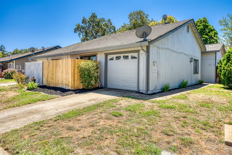 9414 Aizenberg Circle, Elk Grove, CA 95624 - MLS#: 221089308