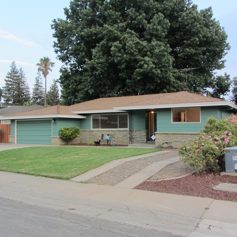 157 Fortado Circle, Sacramento, CA 95831 - MLS#: 221102313