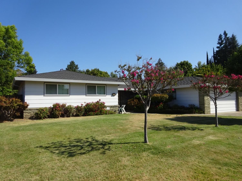 996 Glow Court, Sacramento, CA 95831 - MLS#: 221089319