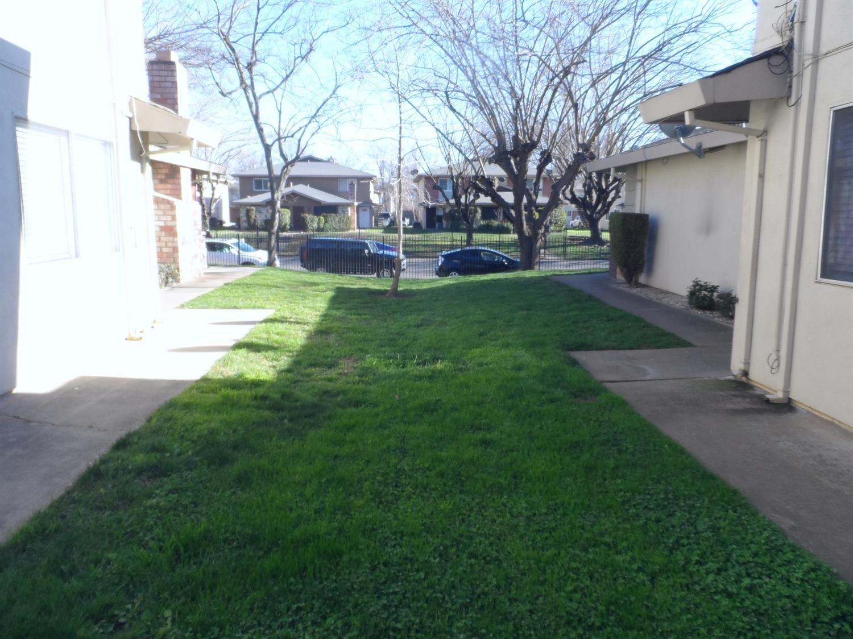 Photo of 2016 Benita Drive #4, Rancho Cordova, CA 95670 (MLS # 221012326)