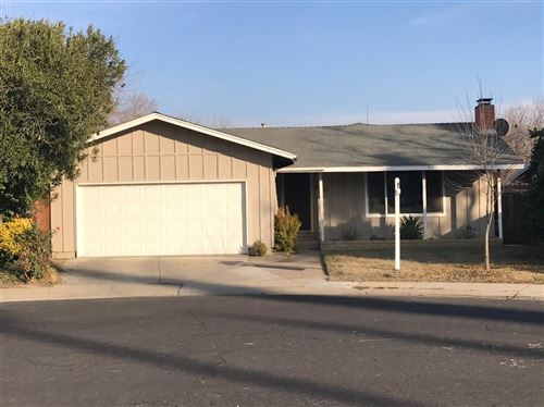 Photo of 712 Creekview Court, Modesto, CA 95354 (MLS # 20077335)