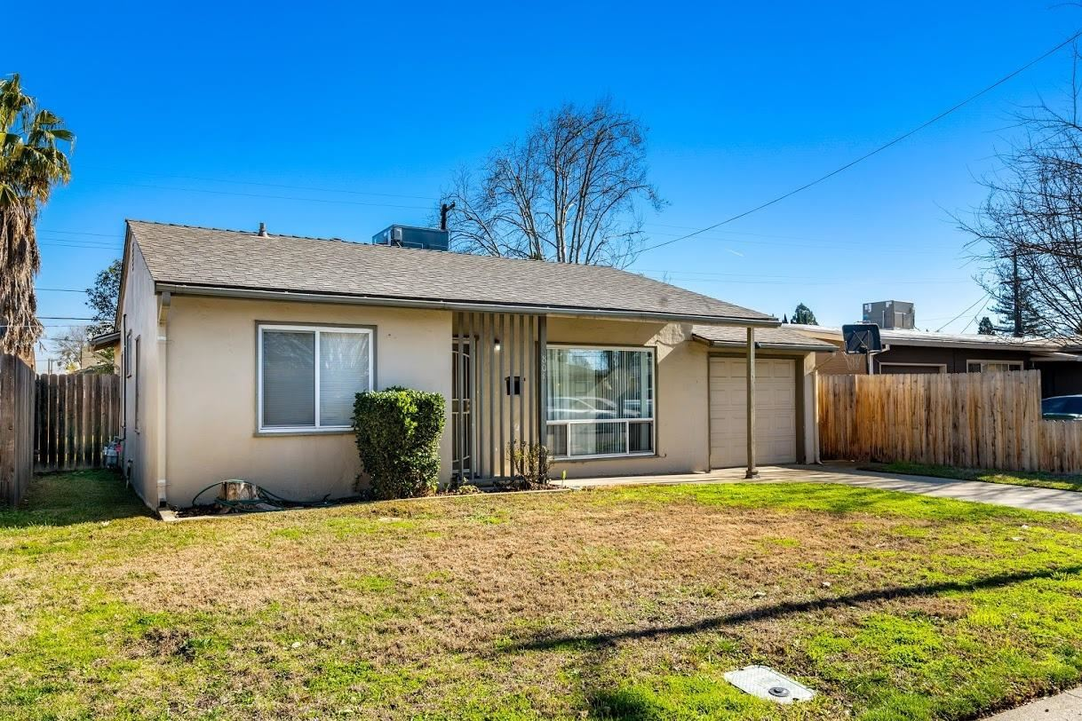 Photo of 801 Fairway Drive, West Sacramento, CA 95605 (MLS # 20080337)