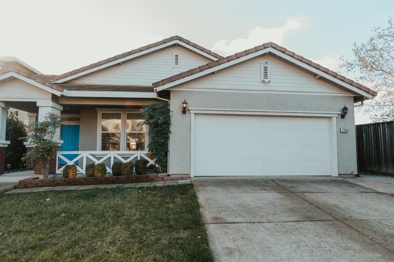 Photo of 7240 Woodside Drive, Citrus Heights, CA 95621 (MLS # 221005337)