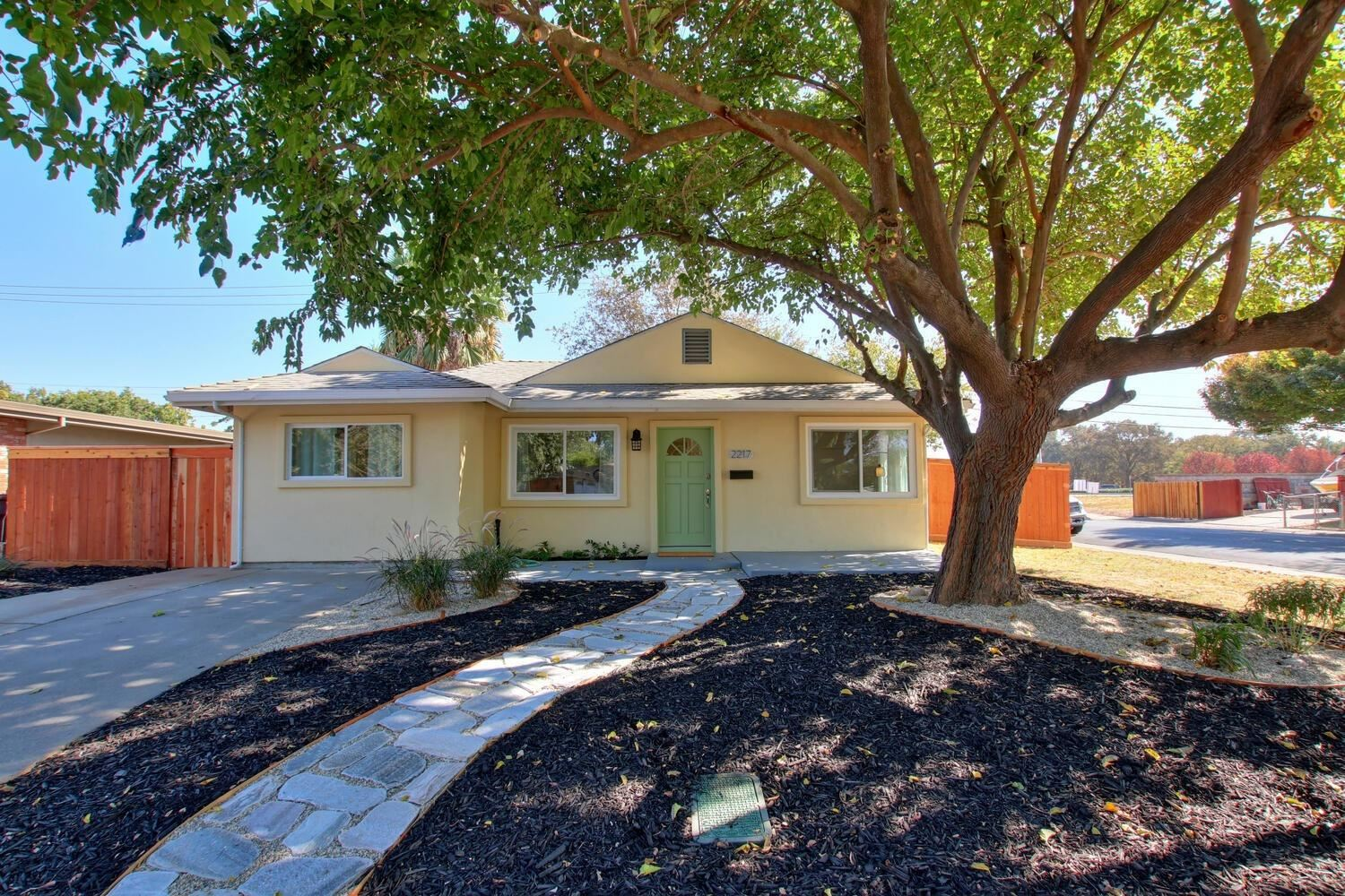 Photo of 2217 Kinsington Street, West Sacramento, CA 95691 (MLS # 20056339)