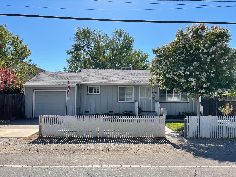 9720 Kent Street, Elk Grove, CA 95624 - MLS#: 221076339