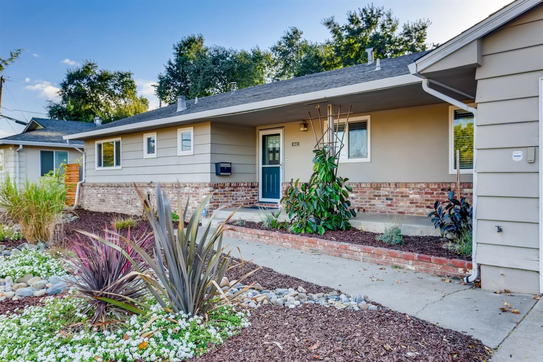 6942 Land Park Drive, Sacramento, CA 95831 - MLS#: 221119339