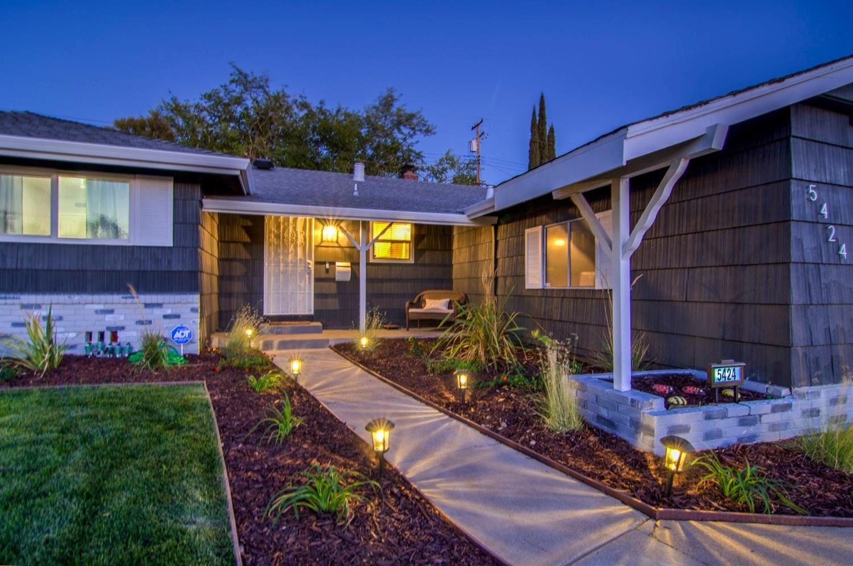 Photo of 5424 Maidstone Way, Citrus Heights, CA 95621 (MLS # 20063344)