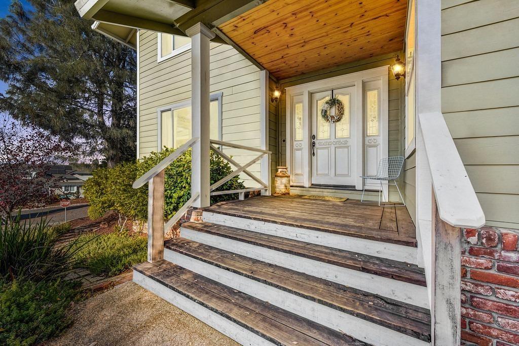 Photo of 855 El Oro Drive, Auburn, CA 95603 (MLS # 221071369)