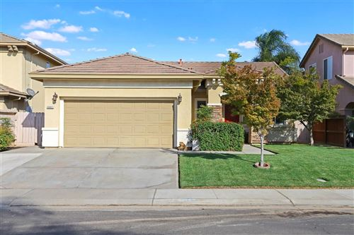 Photo of 5042 Riverbed Court, Riverbank, CA 95367 (MLS # 20063372)